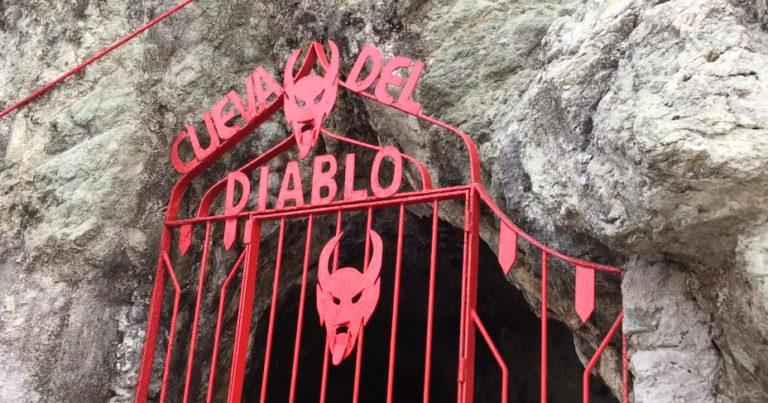 "Relato. ""La Cueva del Diablo"""