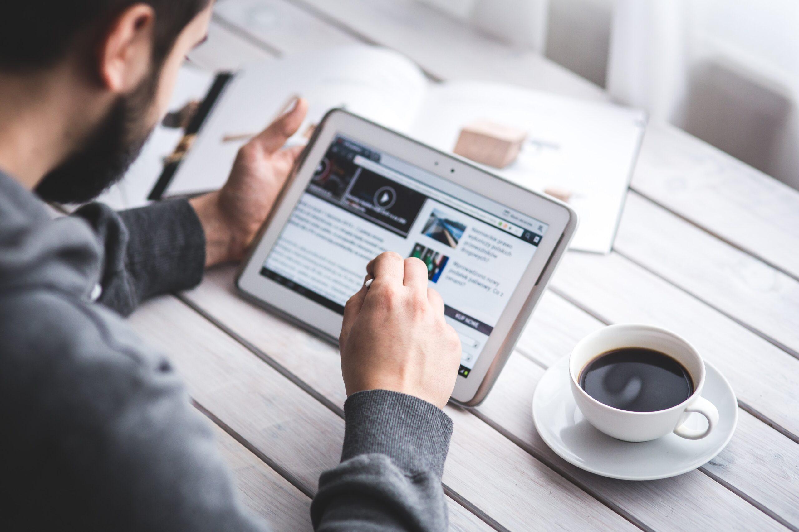 Combatir la desinformación: Guía para reconocer la veracidad y validez de la información en línea